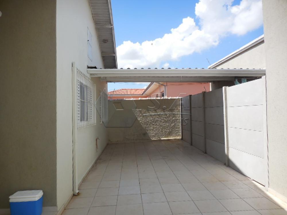 Alugar Casa / Padrão em Botucatu apenas R$ 1.350,00 - Foto 3