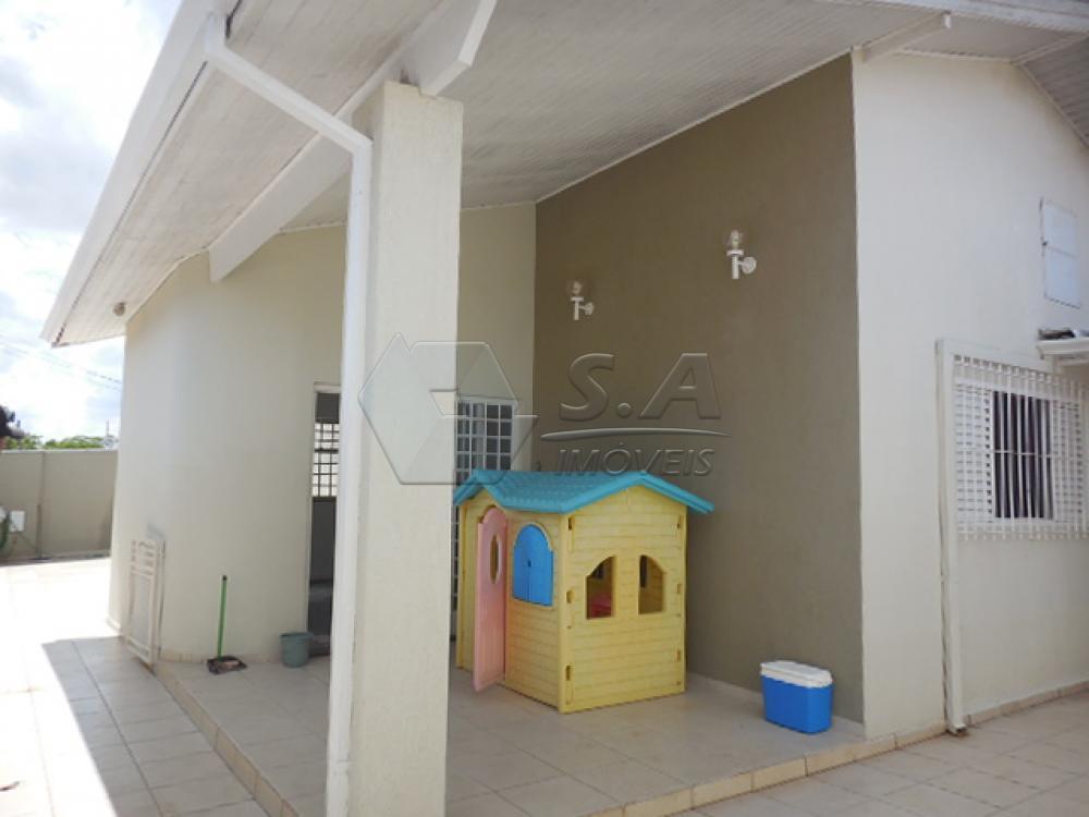 Alugar Casa / Padrão em Botucatu apenas R$ 1.350,00 - Foto 4