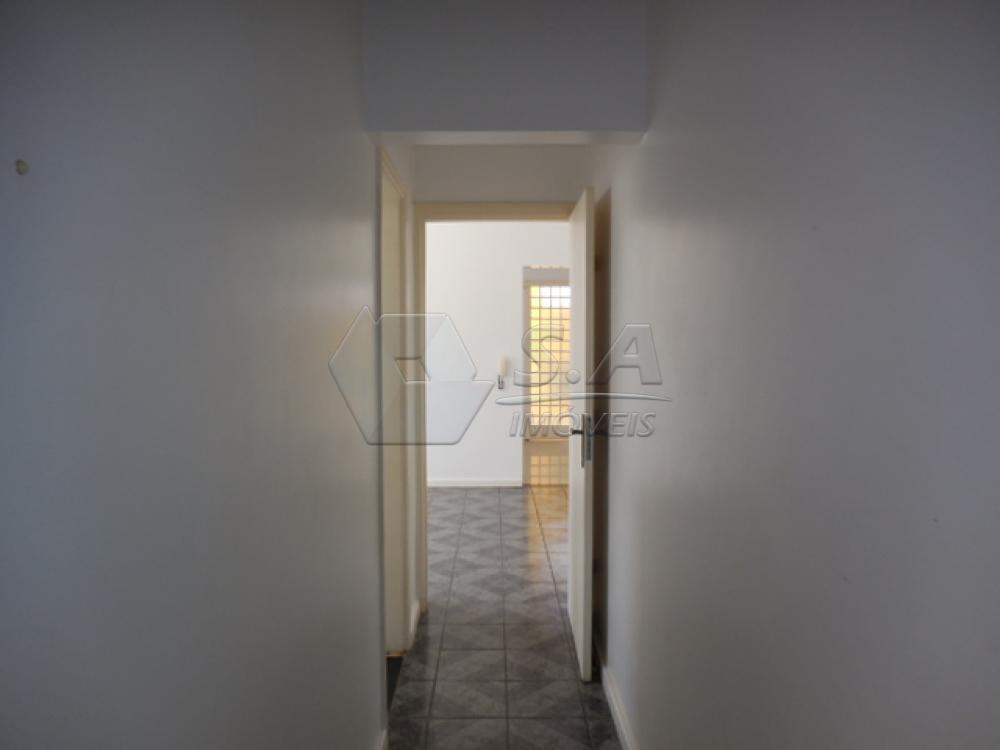 Alugar Casa / Padrão em Botucatu apenas R$ 1.350,00 - Foto 17
