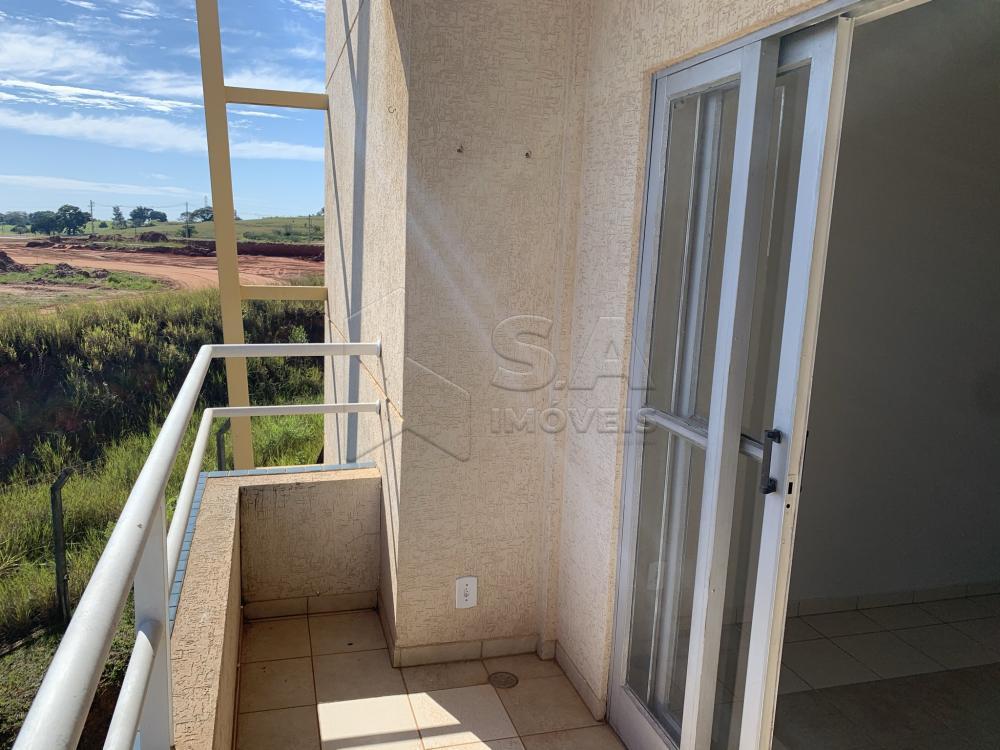 Alugar Apartamento / Padrão em Botucatu R$ 1.300,00 - Foto 8