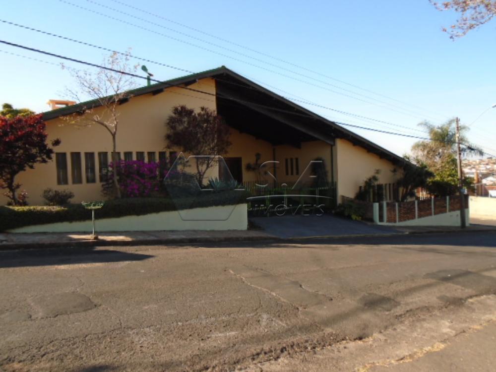 Alugar Casa / Padrão em Botucatu apenas R$ 4.500,00 - Foto 1
