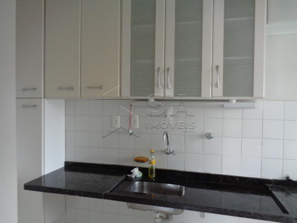 Comprar Apartamento / Padrão em Botucatu apenas R$ 125.000,00 - Foto 3