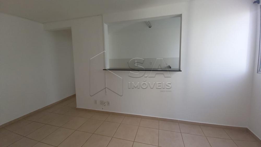 Alugar Apartamento / Padrão em Botucatu R$ 800,00 - Foto 2