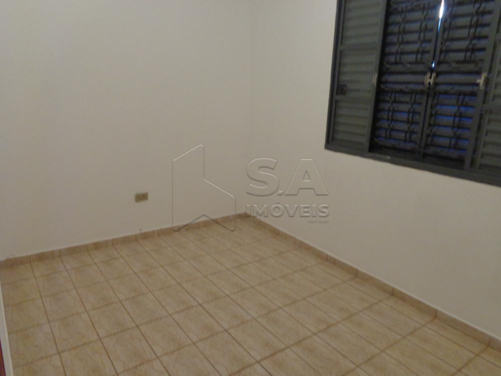 Alugar Casa / Padrão em Botucatu apenas R$ 850,00 - Foto 4
