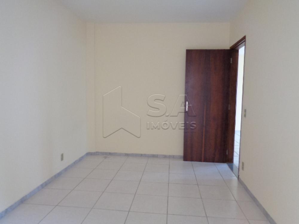 Alugar Apartamento / Padrão em Botucatu R$ 800,00 - Foto 13