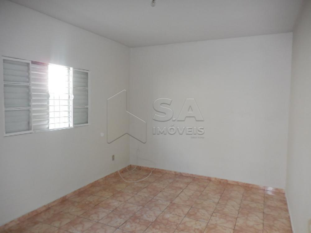 Alugar Apartamento / Kitchnet em Botucatu R$ 500,00 - Foto 5