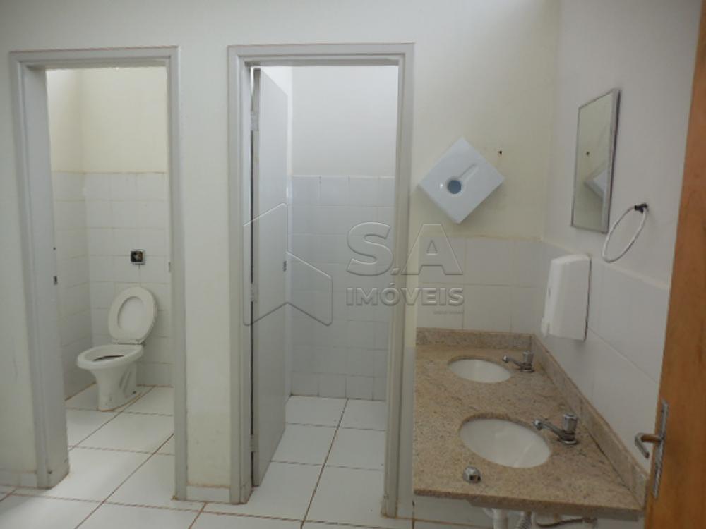 Alugar Comercial / Ponto Comercial em Botucatu apenas R$ 6.800,00 - Foto 10