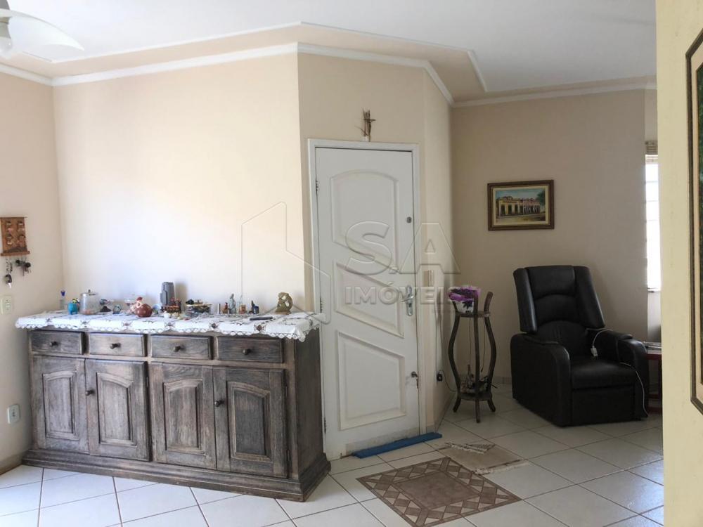 Comprar Casa / Padrão em Botucatu R$ 580.000,00 - Foto 1