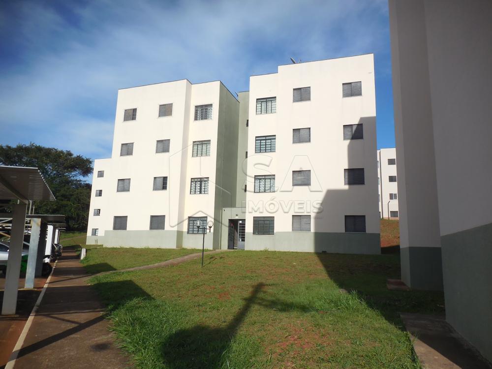 Alugar Apartamento / Padrão em Botucatu R$ 550,00 - Foto 1