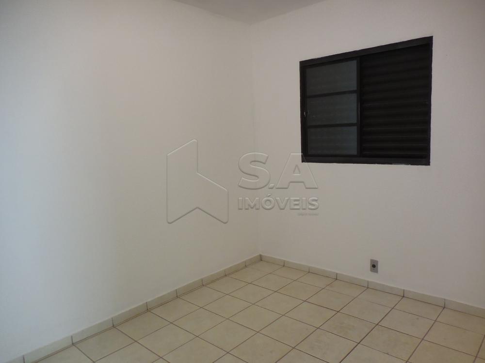 Alugar Apartamento / Padrão em Botucatu R$ 550,00 - Foto 8