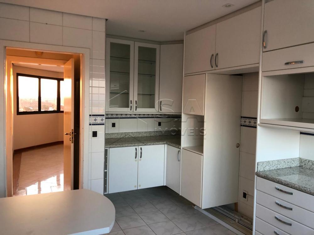 Comprar Apartamento / Padrão em Botucatu - Foto 5