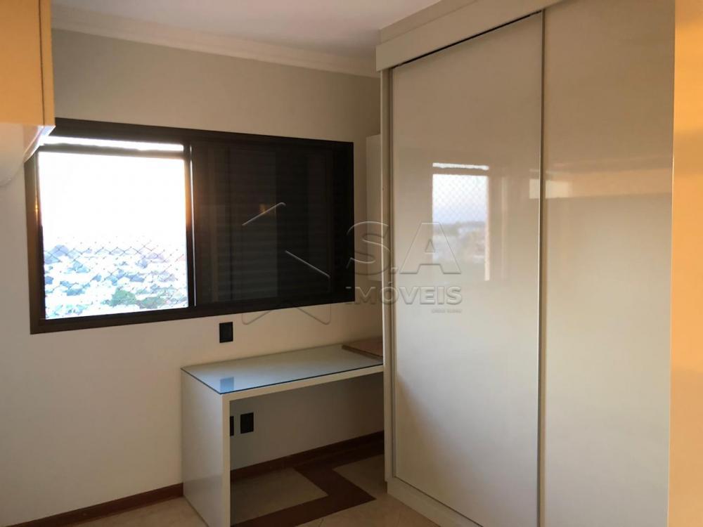 Comprar Apartamento / Padrão em Botucatu - Foto 14