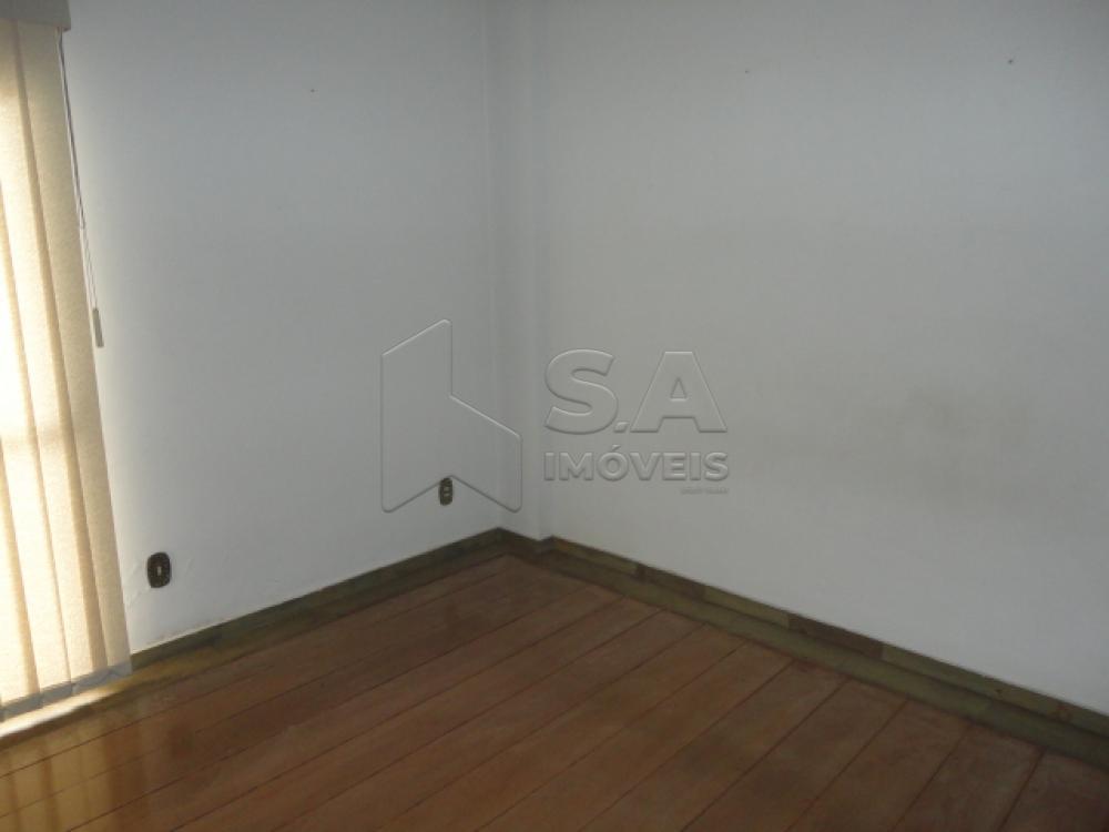 Alugar Apartamento / Padrão em Botucatu R$ 2.500,00 - Foto 7