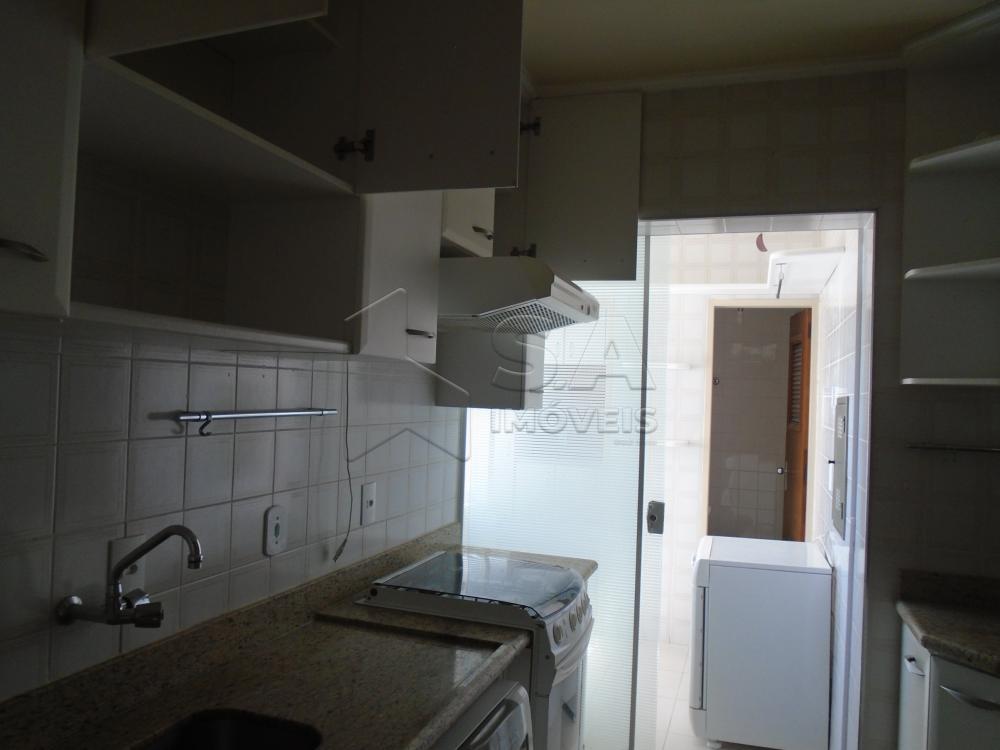 Comprar Apartamento / Padrão em Botucatu apenas R$ 550.000,00 - Foto 4