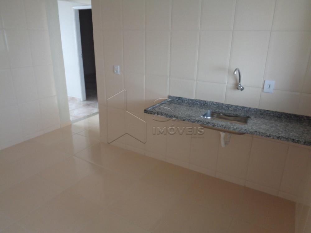 Comprar Apartamento / Padrão em Botucatu R$ 150.000,00 - Foto 3