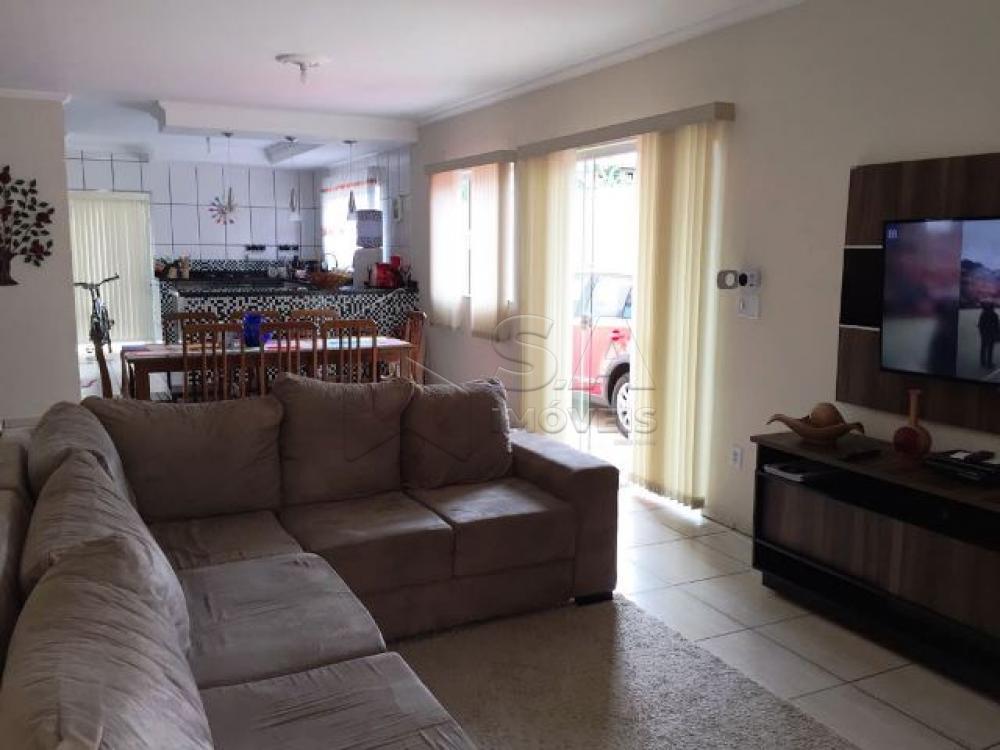 Comprar Casa / Padrão em Botucatu R$ 550.000,00 - Foto 10