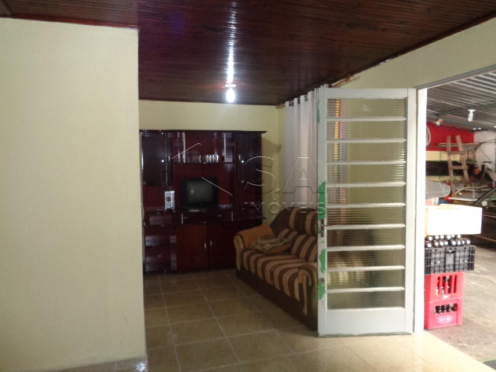Comprar Casa / Padrão em Botucatu R$ 350.000,00 - Foto 1
