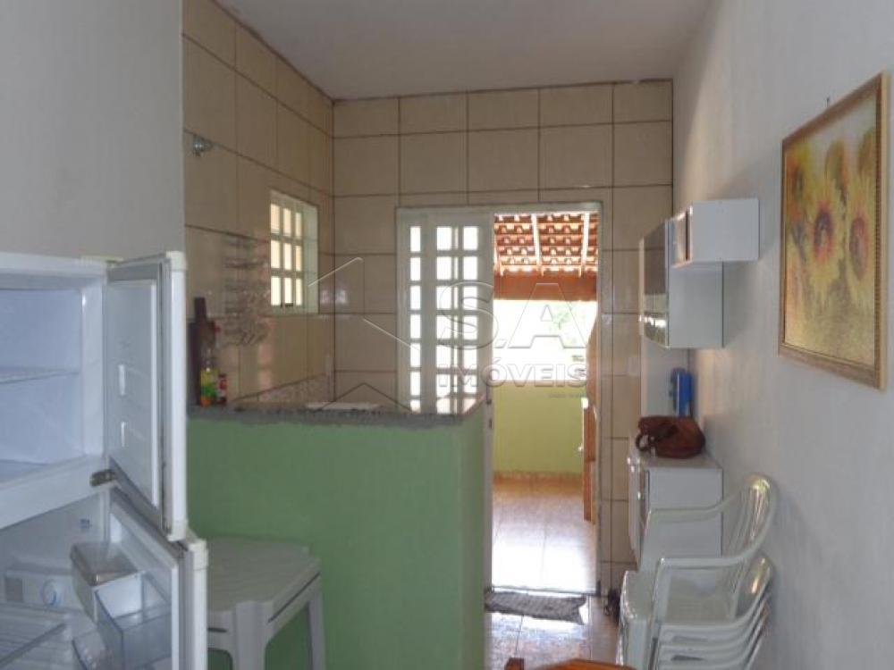 Comprar Casa / Padrão em Botucatu R$ 260.000,00 - Foto 2