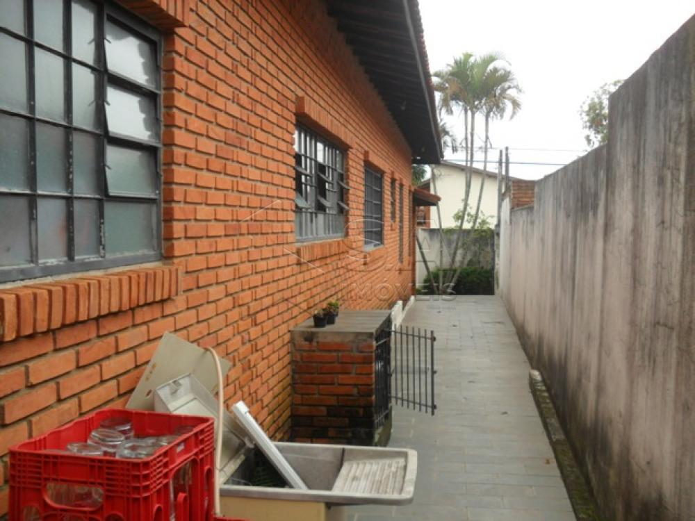 Comprar Casa / Padrão em Botucatu R$ 750.000,00 - Foto 6