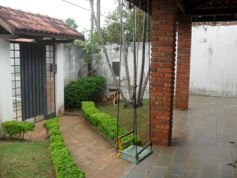Comprar Casa / Padrão em Botucatu R$ 750.000,00 - Foto 8