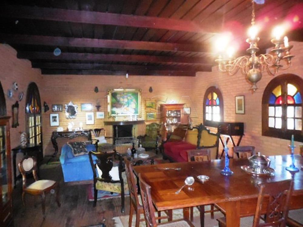 Comprar Casa / Condomínio em Botucatu - Foto 4