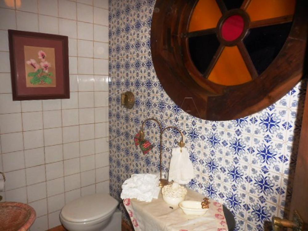 Comprar Casa / Condomínio em Botucatu - Foto 6