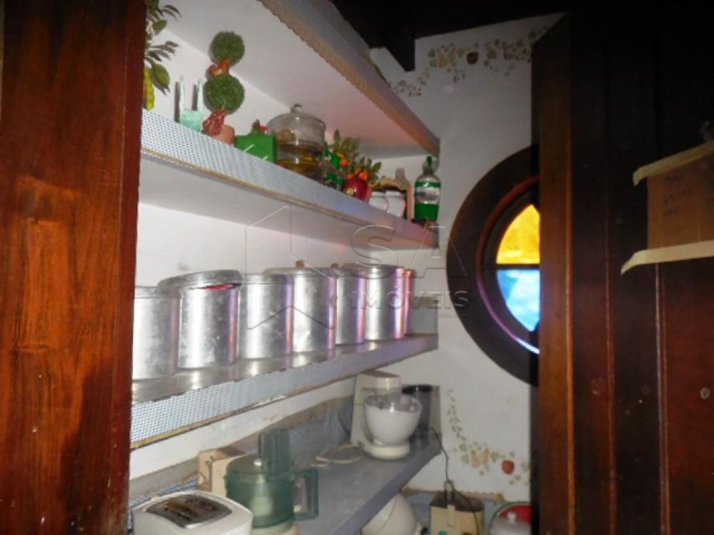 Comprar Casa / Condomínio em Botucatu - Foto 9