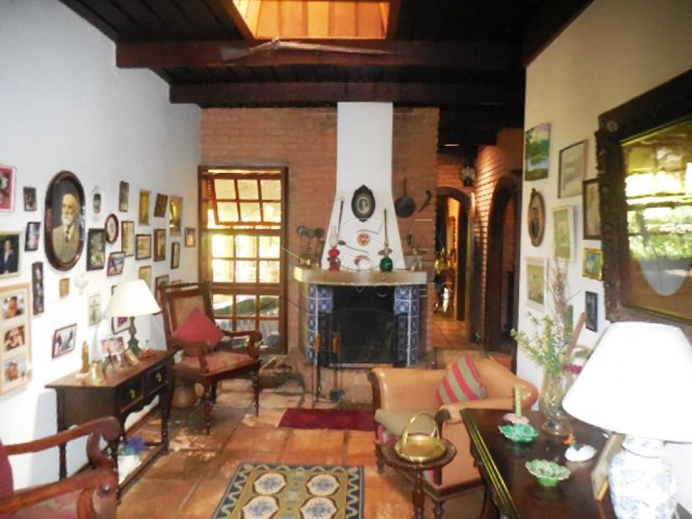 Comprar Casa / Condomínio em Botucatu - Foto 10