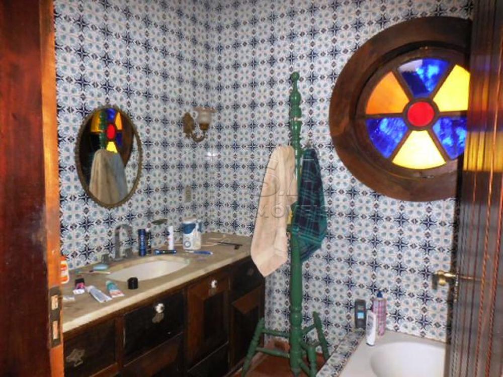 Comprar Casa / Condomínio em Botucatu - Foto 13