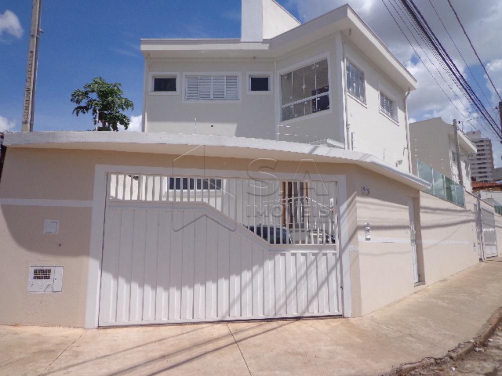 Alugar Casa / Padrão em Botucatu R$ 3.000,00 - Foto 1