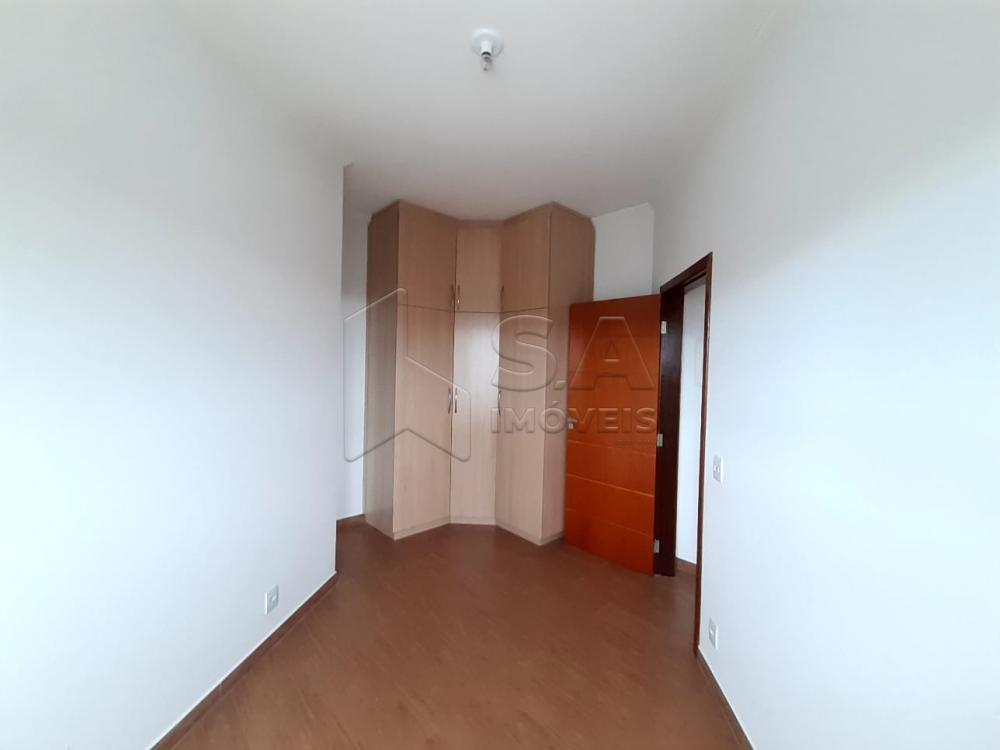Alugar Casa / Padrão em Botucatu R$ 3.000,00 - Foto 6