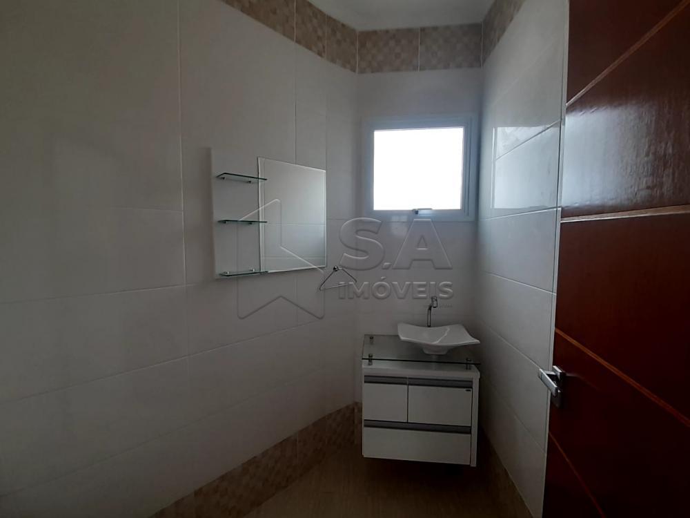 Alugar Casa / Padrão em Botucatu R$ 3.000,00 - Foto 14