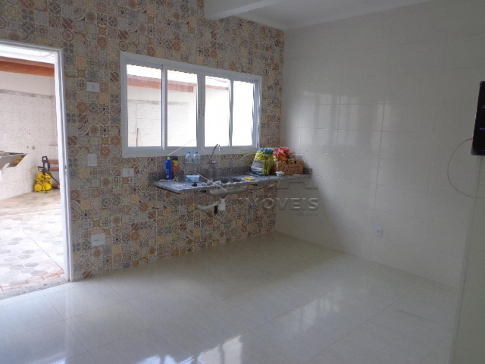 Alugar Casa / Padrão em Botucatu R$ 3.300,00 - Foto 6