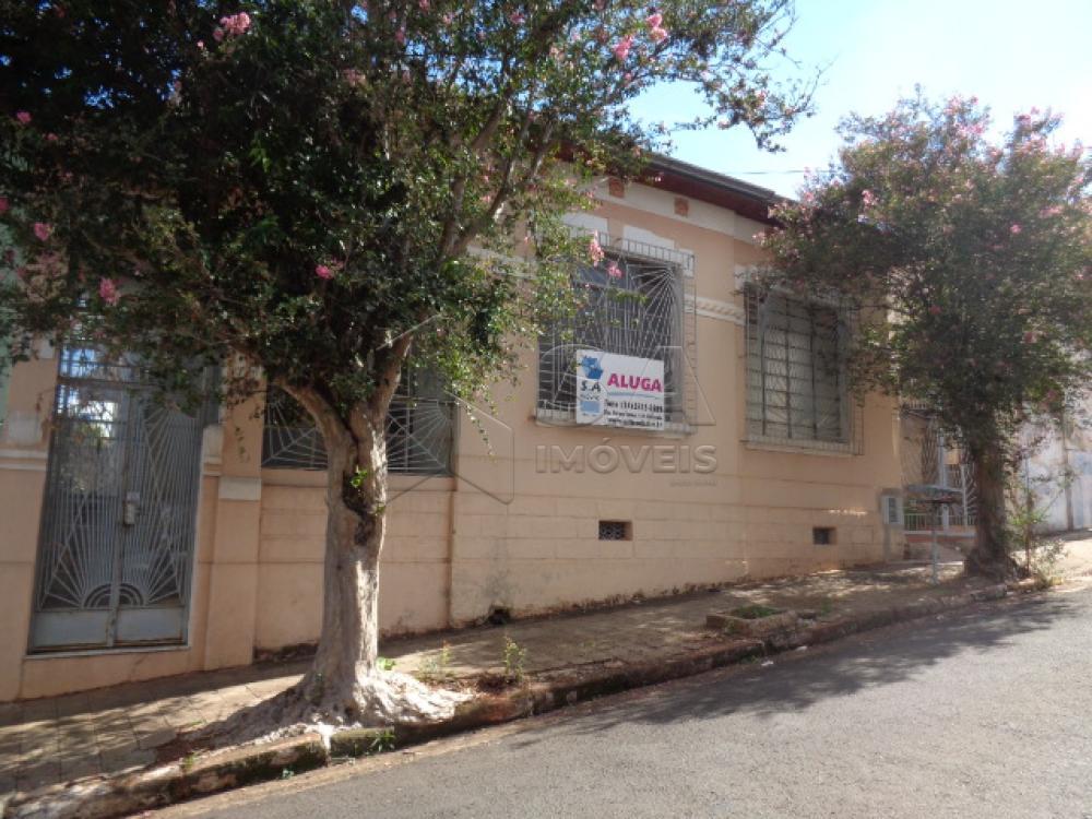 Alugar Comercial / Casa Comercial em Botucatu apenas R$ 3.000,00 - Foto 1