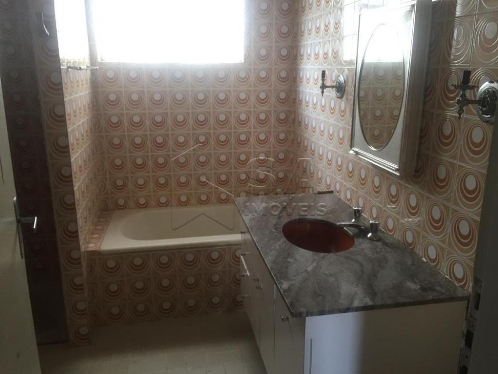 Alugar Casa / Padrão em Botucatu apenas R$ 1.800,00 - Foto 3