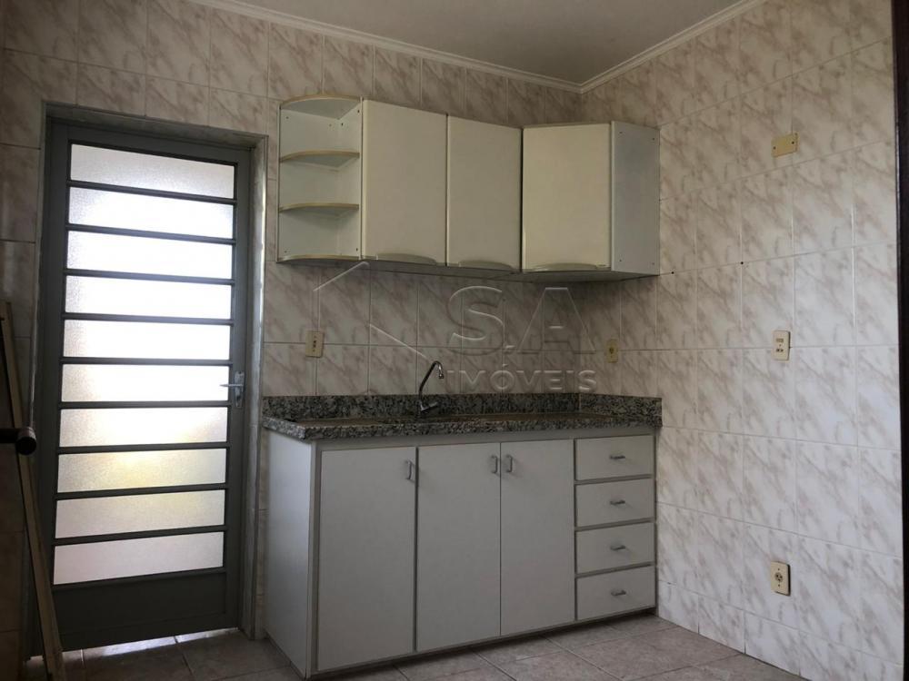 Alugar Apartamento / Mobiliado em Botucatu apenas R$ 800,00 - Foto 2