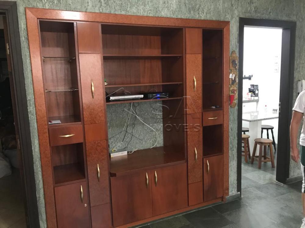 Comprar Casa / Padrão em Botucatu R$ 800.000,00 - Foto 3