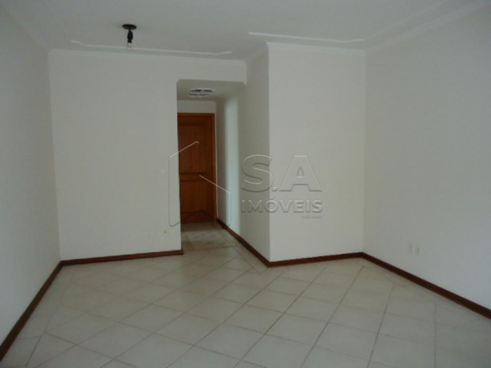 Alugar Apartamento / Padrão em Botucatu apenas R$ 850,00 - Foto 1