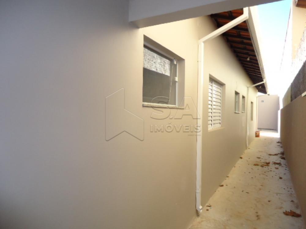 Alugar Casa / Padrão em Botucatu R$ 1.500,00 - Foto 9