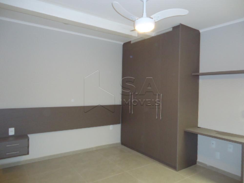 Alugar Casa / Padrão em Botucatu R$ 1.500,00 - Foto 4