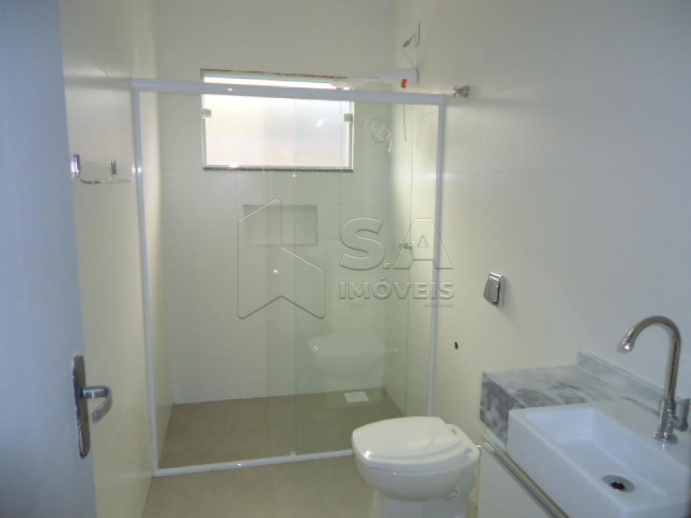 Alugar Casa / Padrão em Botucatu R$ 1.500,00 - Foto 6