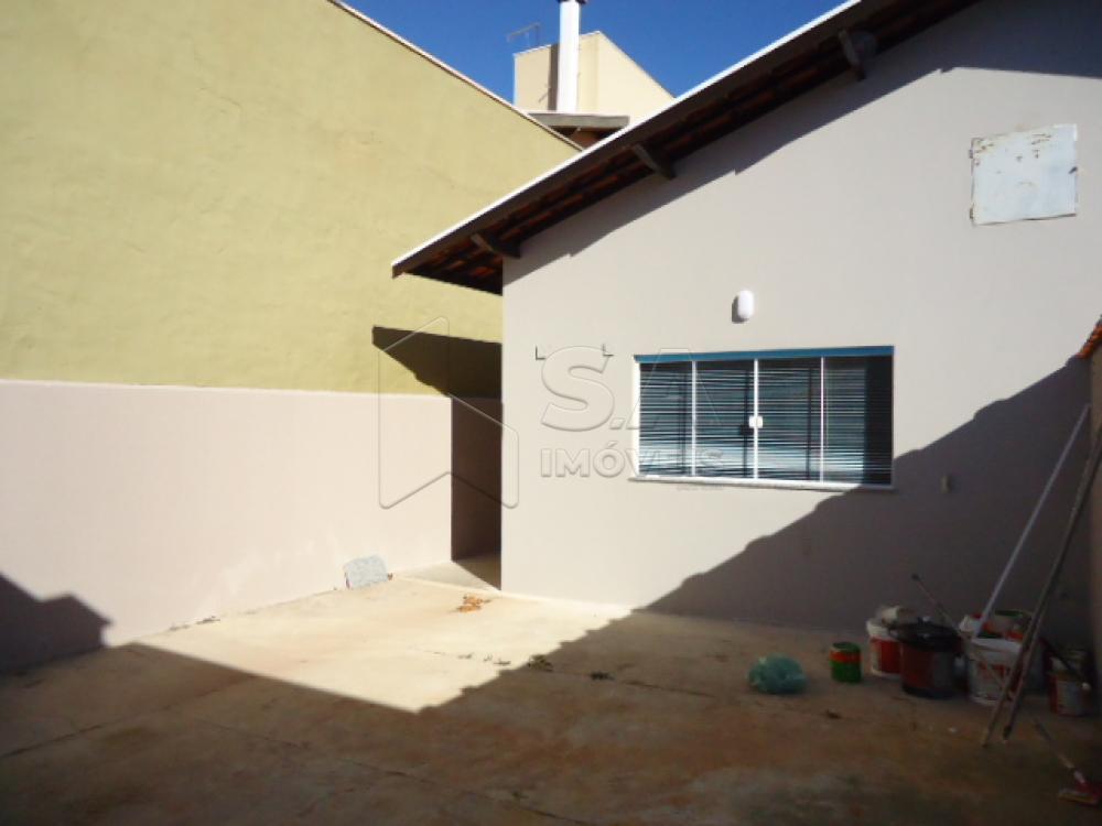 Alugar Casa / Padrão em Botucatu R$ 1.500,00 - Foto 8