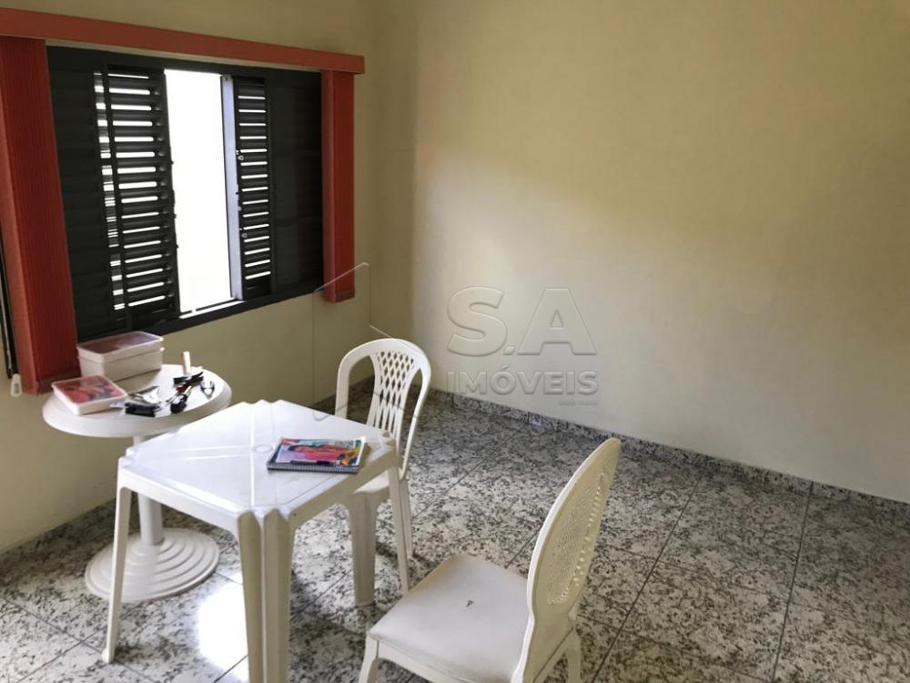 Comprar Casa / Padrão em Botucatu R$ 1.100.000,00 - Foto 3
