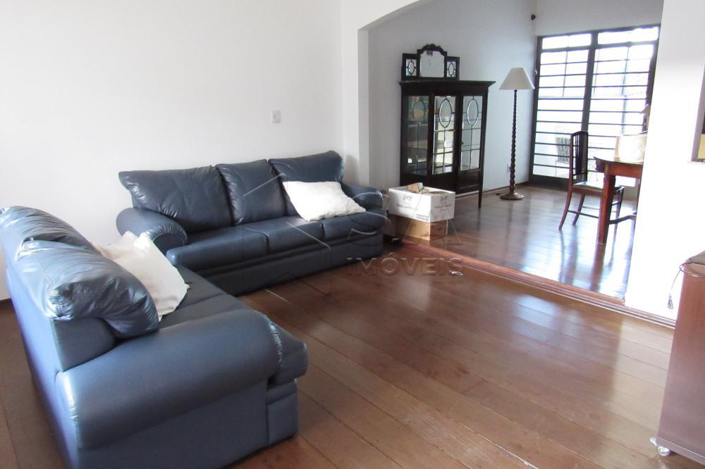 Alugar Casa / Padrão em Botucatu R$ 2.300,00 - Foto 5