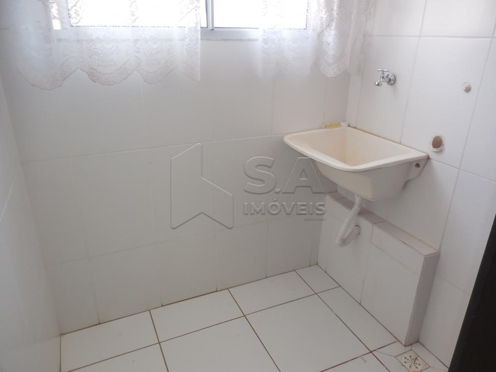 Alugar Apartamento / Padrão em Botucatu apenas R$ 750,00 - Foto 3