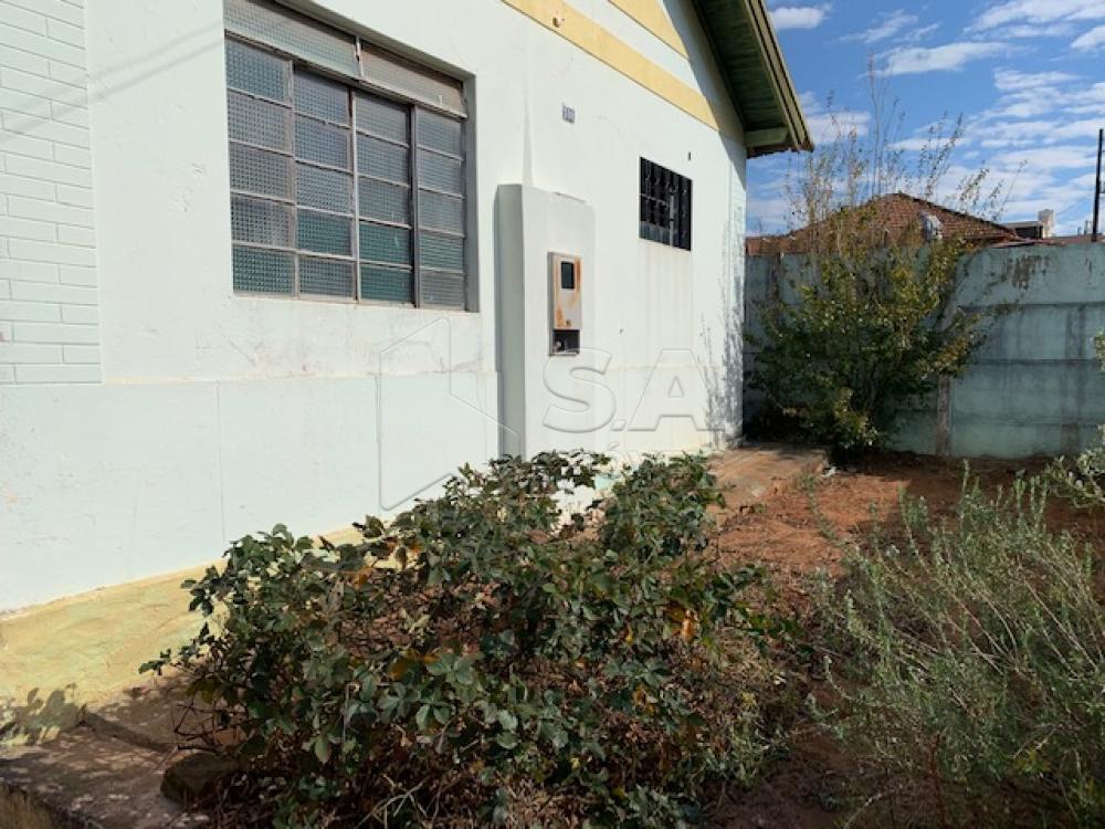 Comprar Casa / Padrão em Botucatu apenas R$ 180.000,00 - Foto 1