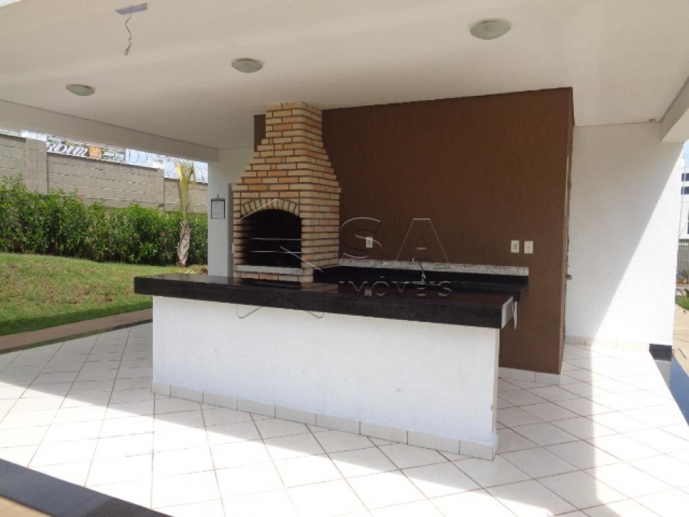 Alugar Apartamento / Padrão em Botucatu R$ 750,00 - Foto 3