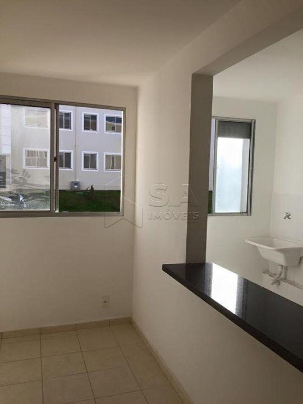 Comprar Apartamento / Padrão em Botucatu R$ 110.000,00 - Foto 2
