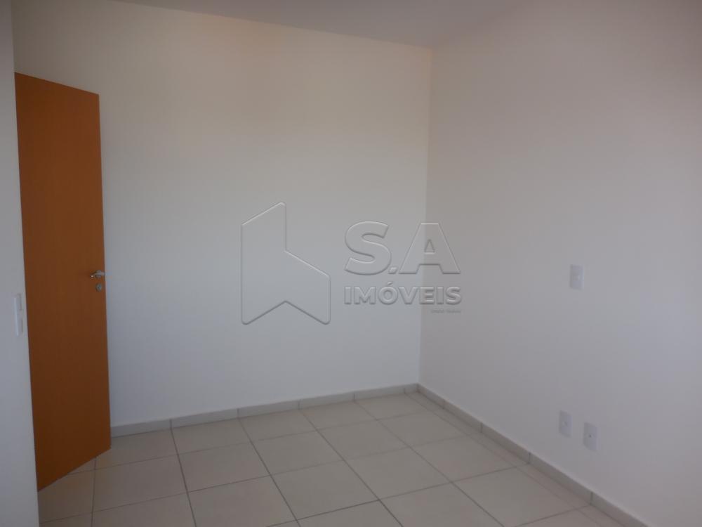 Alugar Apartamento / Padrão em Botucatu R$ 1.100,00 - Foto 6