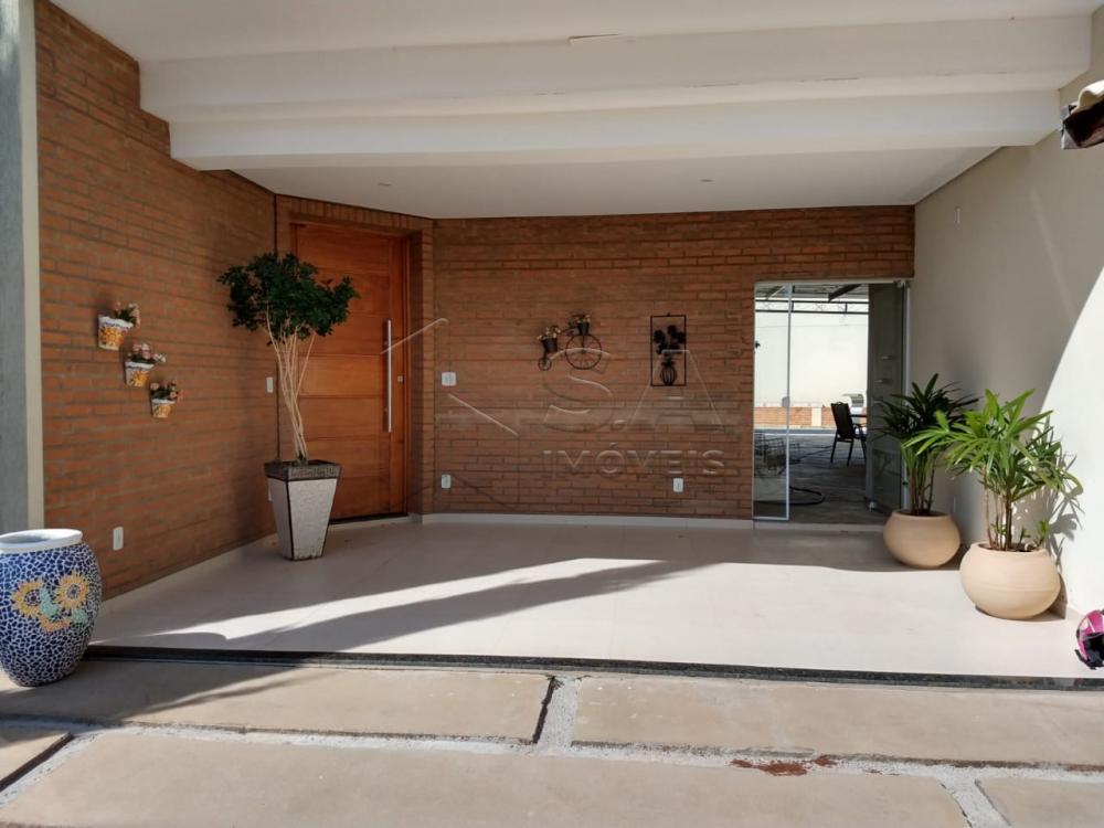Comprar Casa / Condomínio em Botucatu R$ 1.300.000,00 - Foto 1